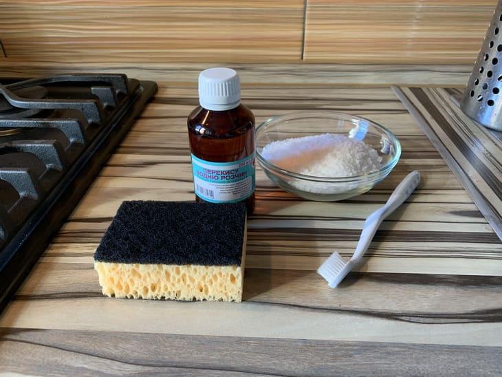 чистим швы плитки